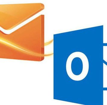 Contradiction between Hotmail and Microsoft Live